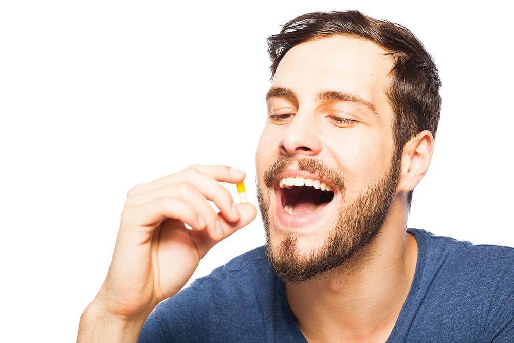 ¿Qué es mejor un tratamiento tópico u oral?